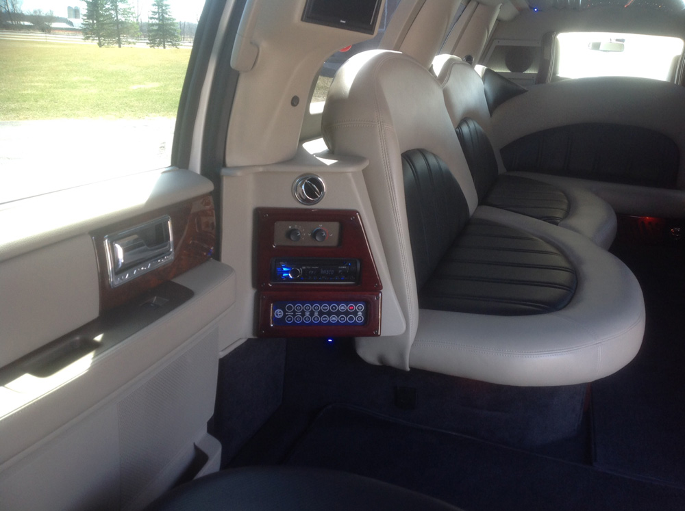 2012 All White Stretch Lincoln Navigator Interior