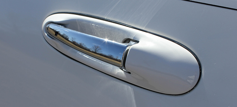 2008 Tuxedo Stretched Towncar Door Handle